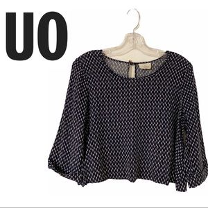 UO Pins & Needles Feather Print Cropped Blouse
